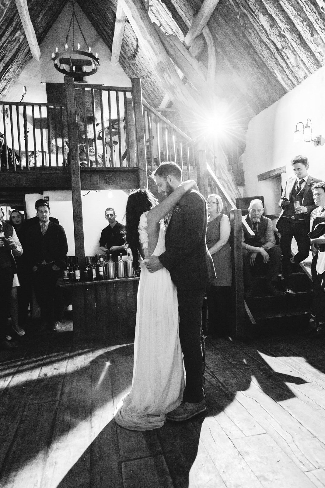 Reportage wedding photography - bride and groom first dance