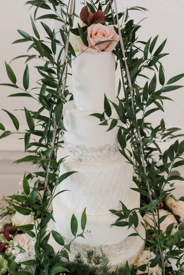 styled wedding cake greenery